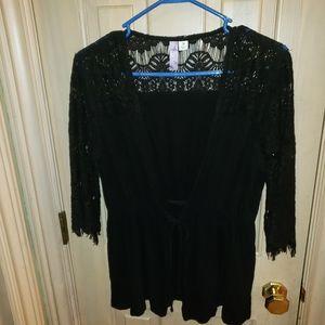 Alya sz m black Gorgeous Lace shirt